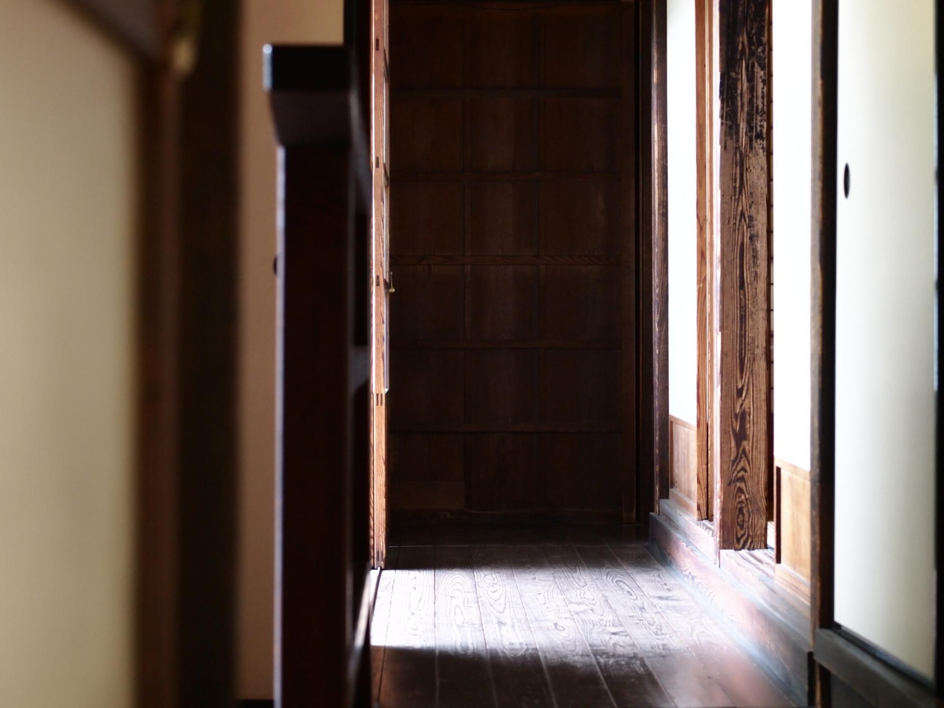 木材 木部にできたカビ取りの方法と予防 窓枠の効果的な掃除のコツ