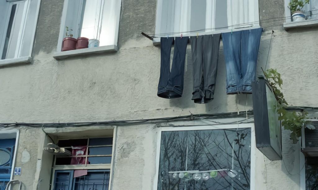 エアコン除湿と除湿機で洗濯物