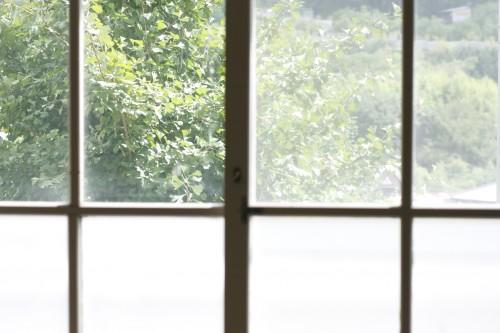 窓ガラスの外側や2Fなど届かない場所の掃除方法