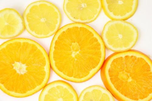 電子レンジの掃除には酢やクエン酸とみかんとレモン