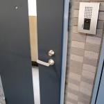 玄関や引き戸の鍵の交換や追加の費用!賃貸やDIYの交換方法