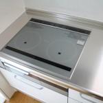IHコンロの簡単掃除法!ガラストップの焦げ付きと油汚れの落とし方