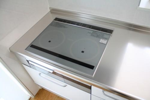 IHコンロやガラストップの簡単掃除方法