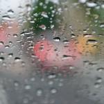 車の曇りをとる解消法と結露対策!外側と内側の違いや夏や冬の原因