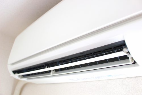 エアコンの寿命と買い替えの症状の目安